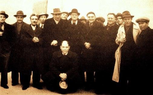 Gaetano Gervasio a Carrara in occasione del congresso della FAI del15/19 settembre 1945. E' il terzo uomo partendo da sinistra.